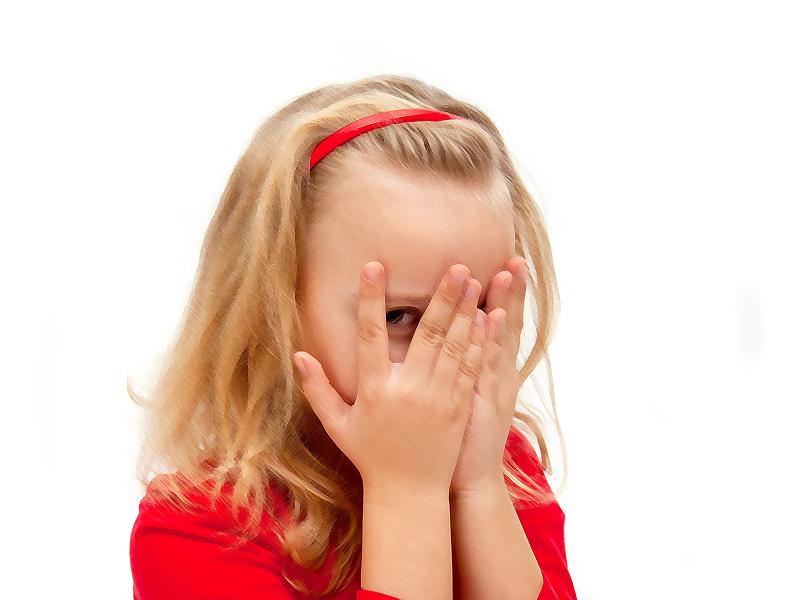 Контакт очима: Чому дітям з аутизмом важко дивитися в очі?