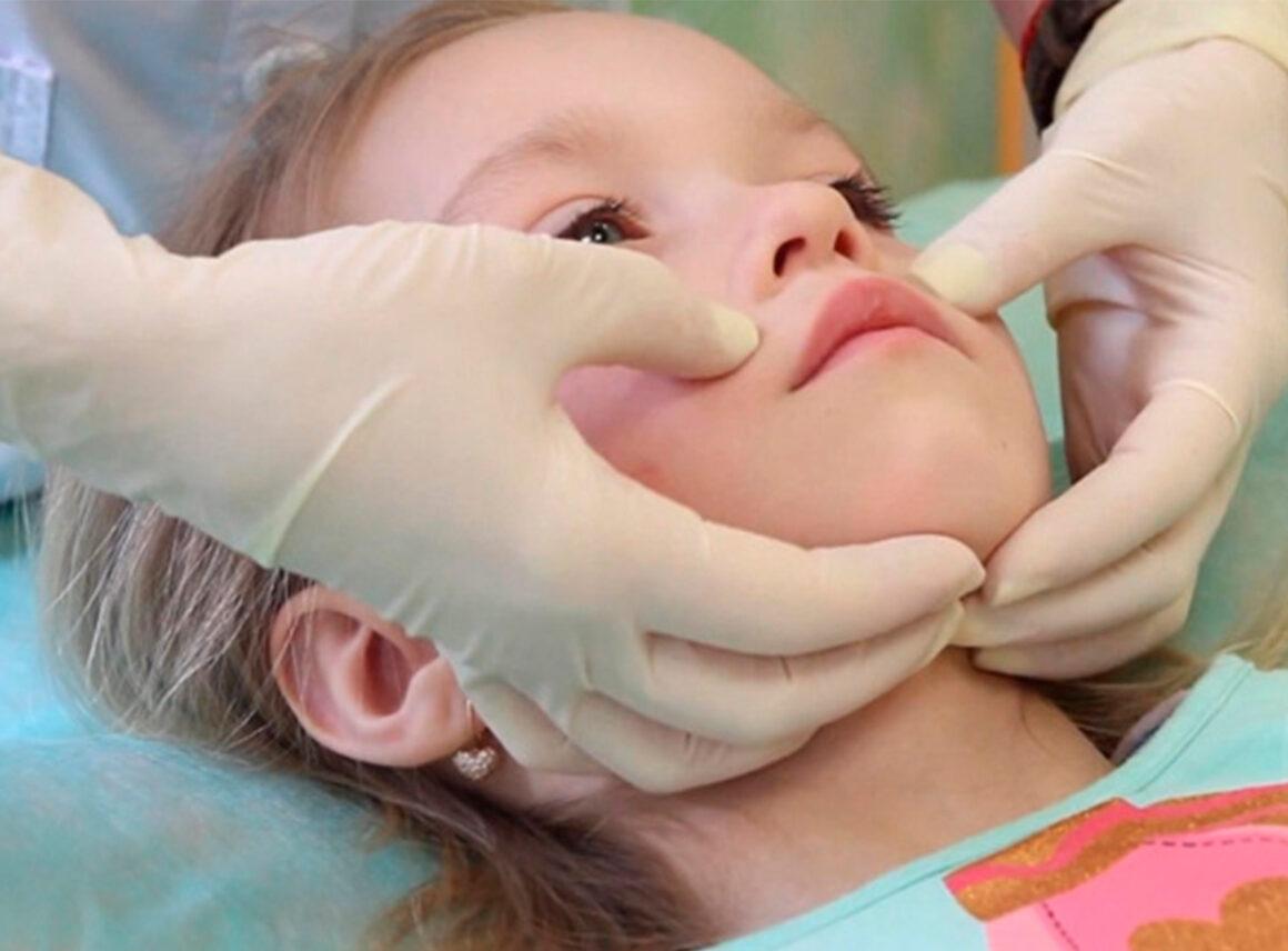 Логопедичний масаж в корекційній роботі з дітьми, які мають порушення мовлення.